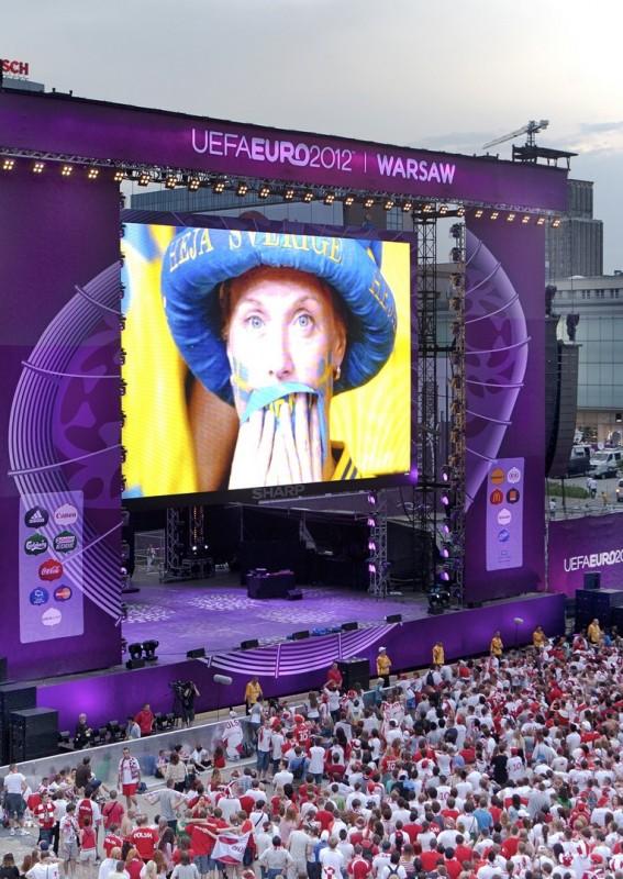 Pantalla gigante LED modular SUPERVISION EURO 2012 Football