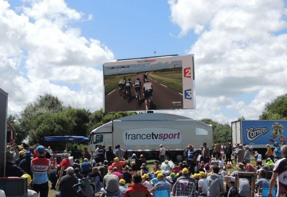 Giant LED screen LMB46 Tour de France 2016