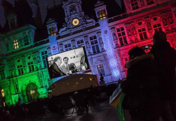 Ecran géant LED SUPERVISION LMB46 Jumelage Paris Rome Parvis Hôtel de Ville Paris