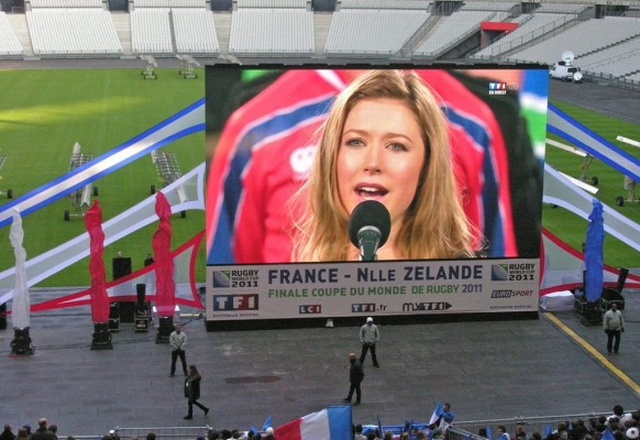 Giant mobile LED screen SUPERVISION 12F Retransmission Finale Coupe Monde Rugby Stade de France 92 m²