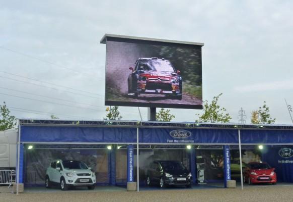 Ecran géant LED mobile SUPERVISION LMC40 Championnat du Monde des Rallyes Strasbourg