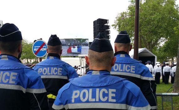 Ecran géant LED SUPERVISION LMB46 Cérémonie d'hommage aux policiers Versailles