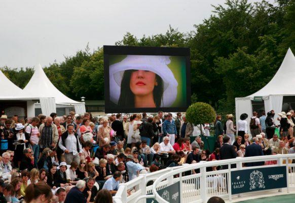 Ecran géant LED Supervision 12F Hippodrome de Chantilly