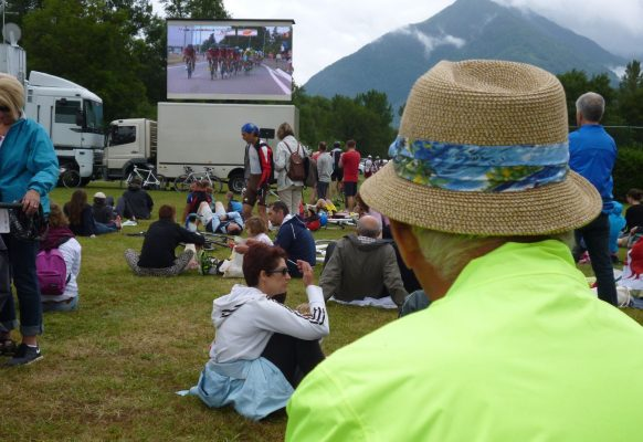 Giant LED screen Supervision LM11 Tour de France Pau