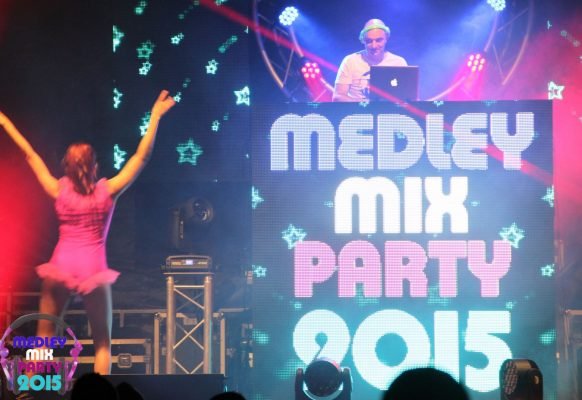 Giant LED screen Supervision M10 Medley Mix Party