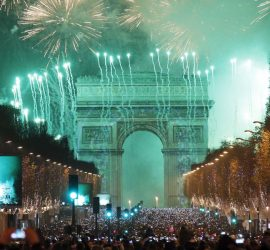 Giant LED screens Supervision Champs Elysees Arc de Triomphe New Year 2017
