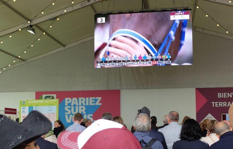 Ecran géant indoor Supervision M5.8 Qatar Prix de l'Arc de Triomphe