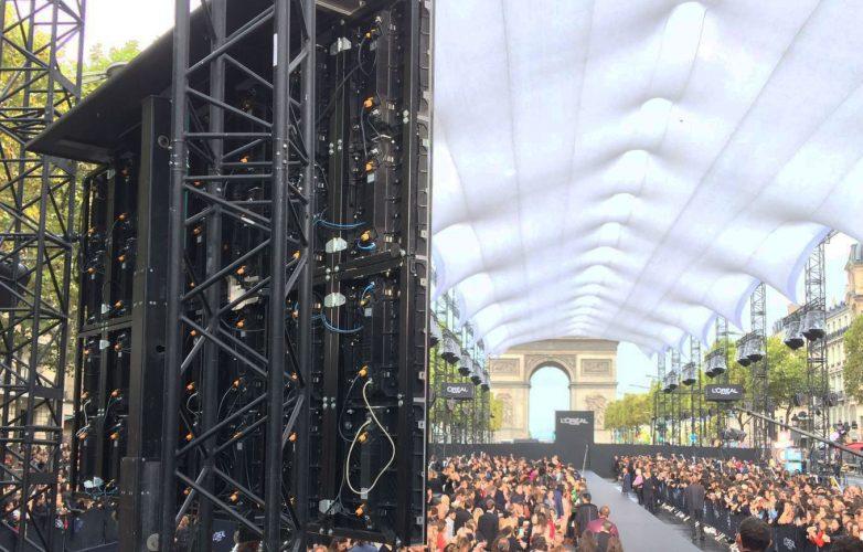 Ecran géant modulaire Supervision Défilé L'Oréal Paris Fashion Week Champs Elysées