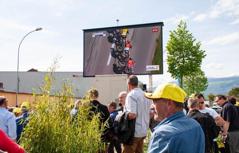 LED large video screen-Supervision-Tour-de-Romandie-LMC30-1