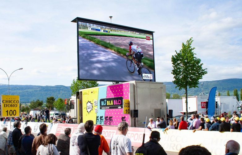 LED large video screen-Supervision-Tour-de-Romandie-LMC30-3
