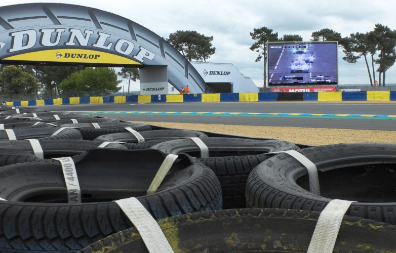 pantalla_gigante_LED_Supervision_24_Horas_Le_Mans_Francia