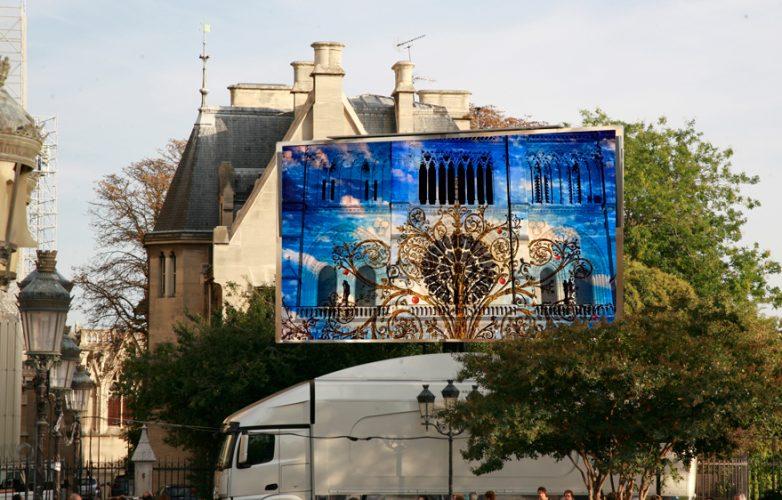 pantalla-gigante-LED-Supervision-LMB46-Dame-de-Coeur-Notre-Dame