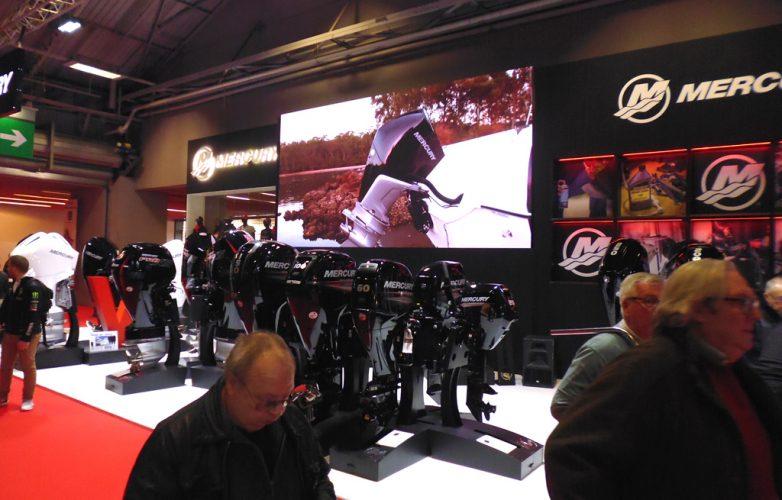 pantalla-gigante-video-led-Supervision-salon-nautico-mercury