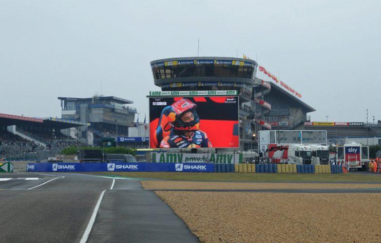 ecran-video-led-supervision-grand-prix-moto-2