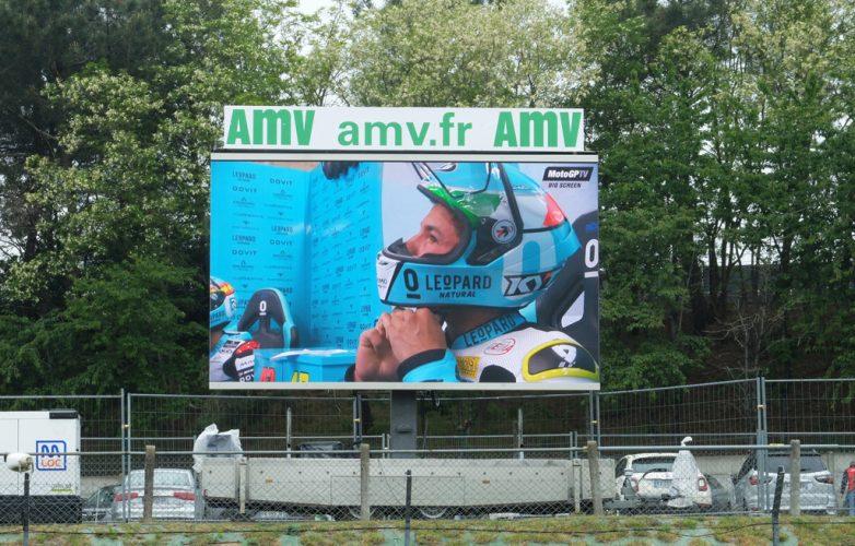 ecran-video-led-supervision-grand-prix-moto-7